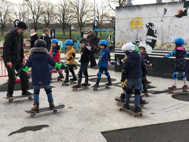 birthday skateboard party group lesson
